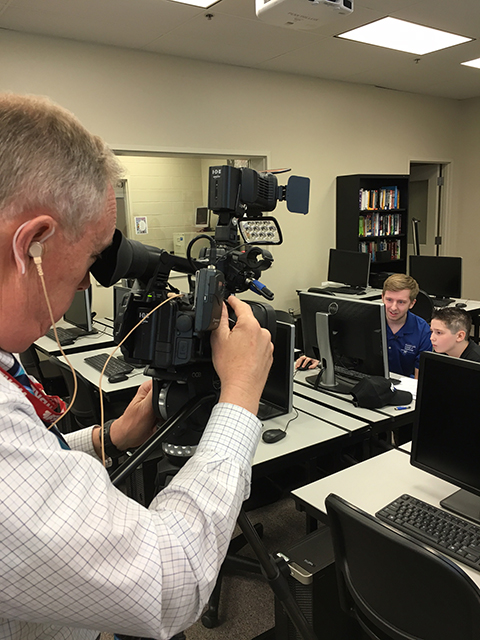 WBRE photojournalist Mark Albrecht zooms in on the captivated duo.